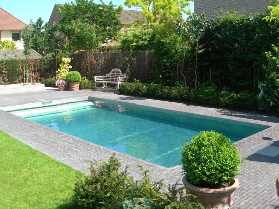 Blokit zwembaden - Terras met zwembad ...